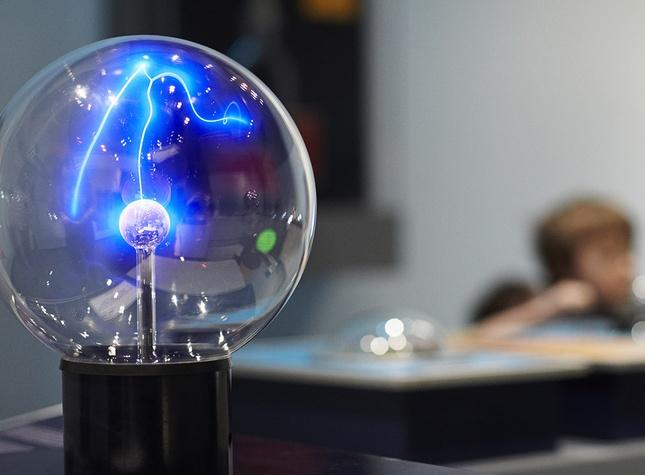 Boule a electricité statique